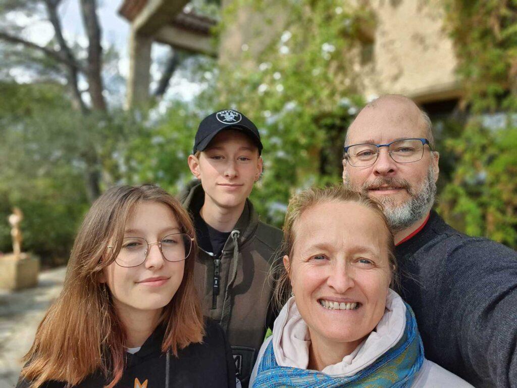 SV Namaka Family
